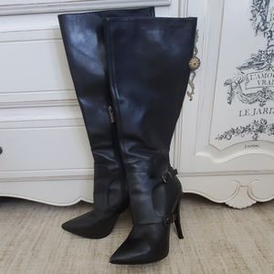 Kenneth Cole high heeled black leather boots